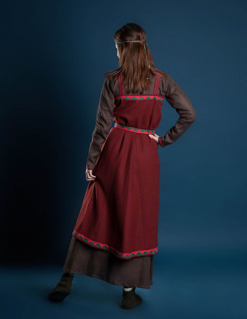 """Viking clothing """"Idunn style"""" photo made by Steel-mastery.com"""