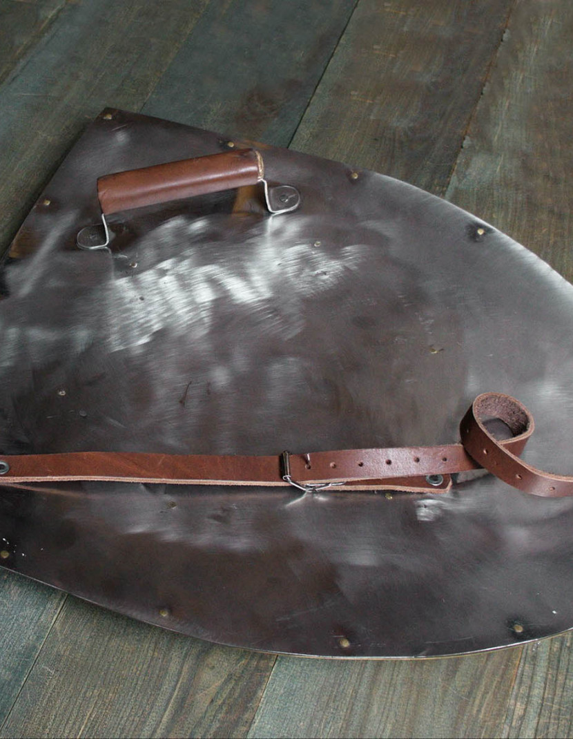 Steel shield photo made by Steel-mastery.com