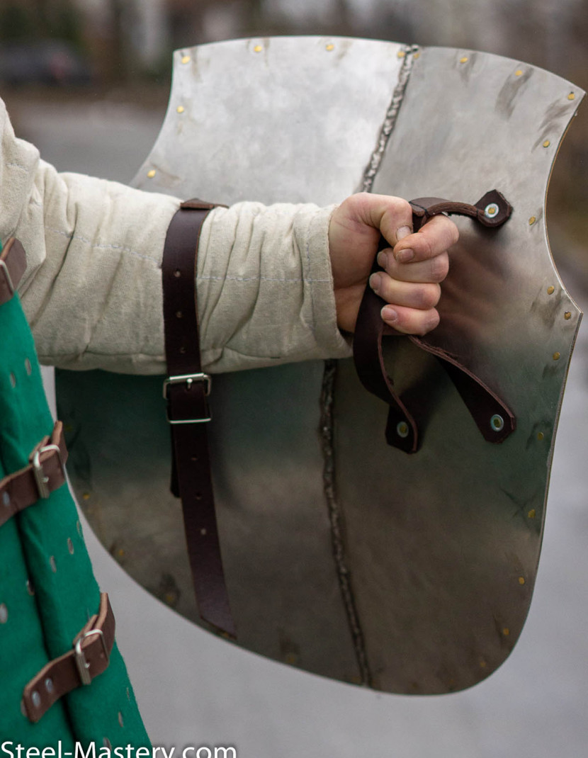 Aquiline Creased Shield photo made by Steel-mastery.com