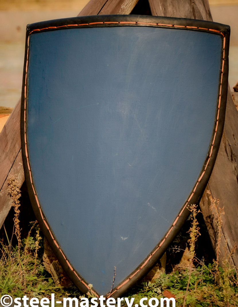 Medieval shield with leather edge photo made by Steel-mastery.com