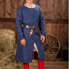 Man's outfit in the XII-XIII centuries