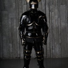 Gothic full-plate armour of the XV century