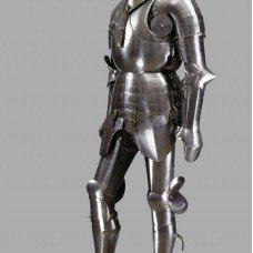 Milanese armour: between grotesque and simplicity