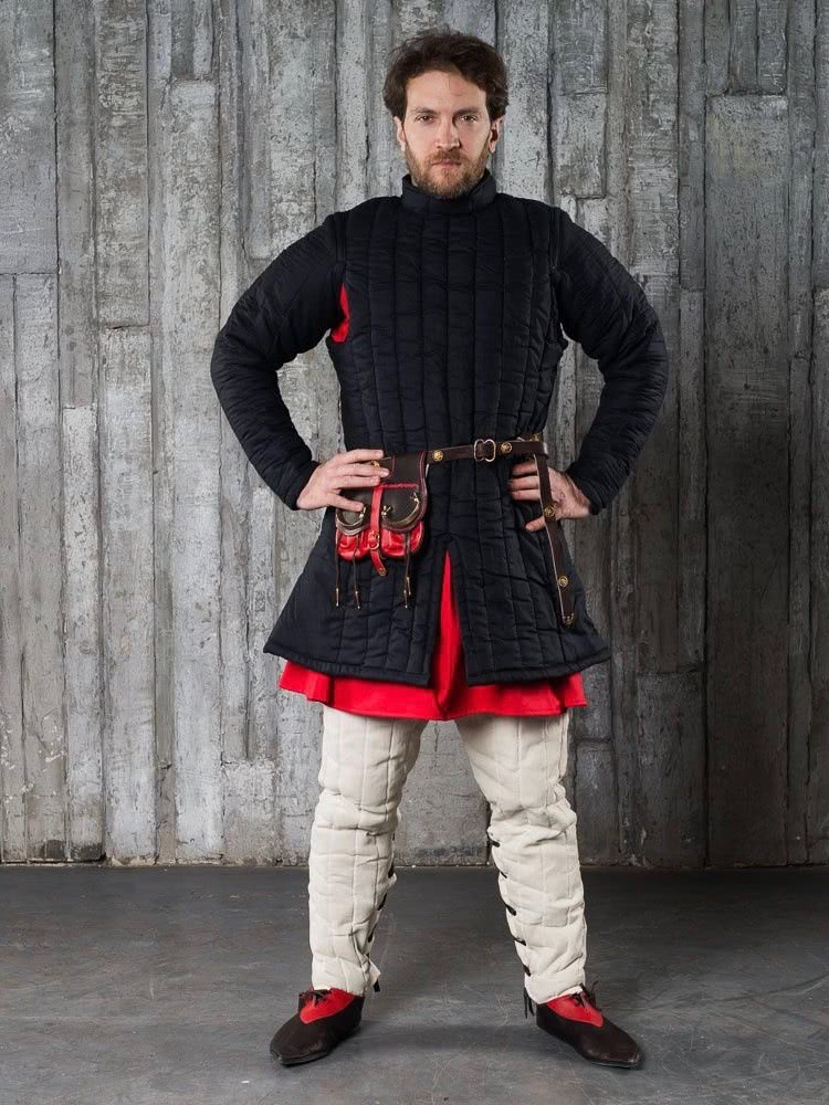 Gambeson, closed-front gambeson