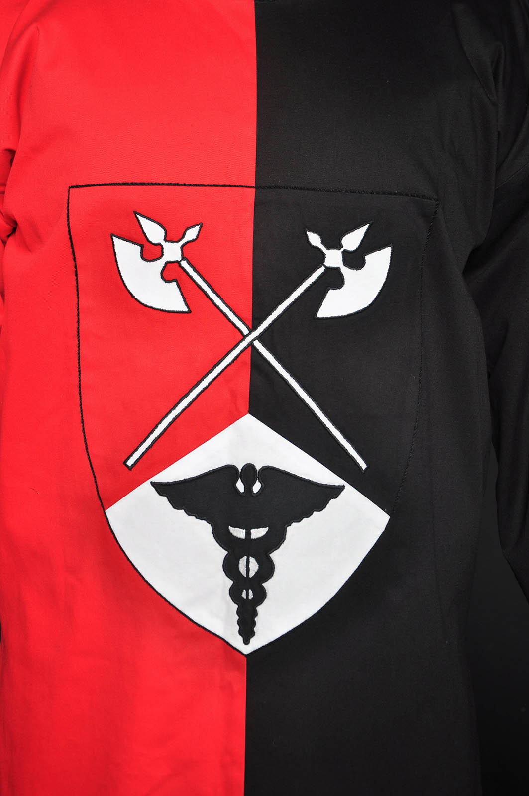 Gambeson red motto gambeson red embroidery gambeson by steel mastery