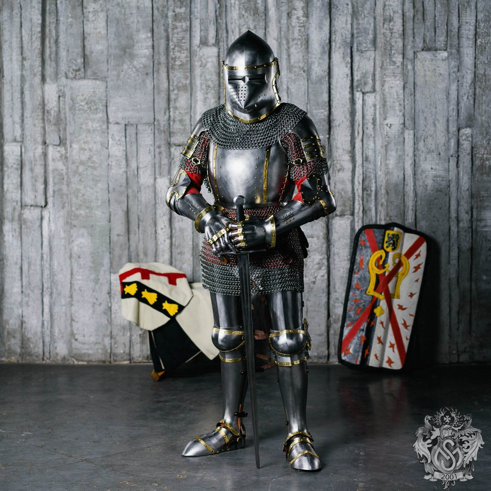 Plate armor — Medieval steel and metal body armor plates