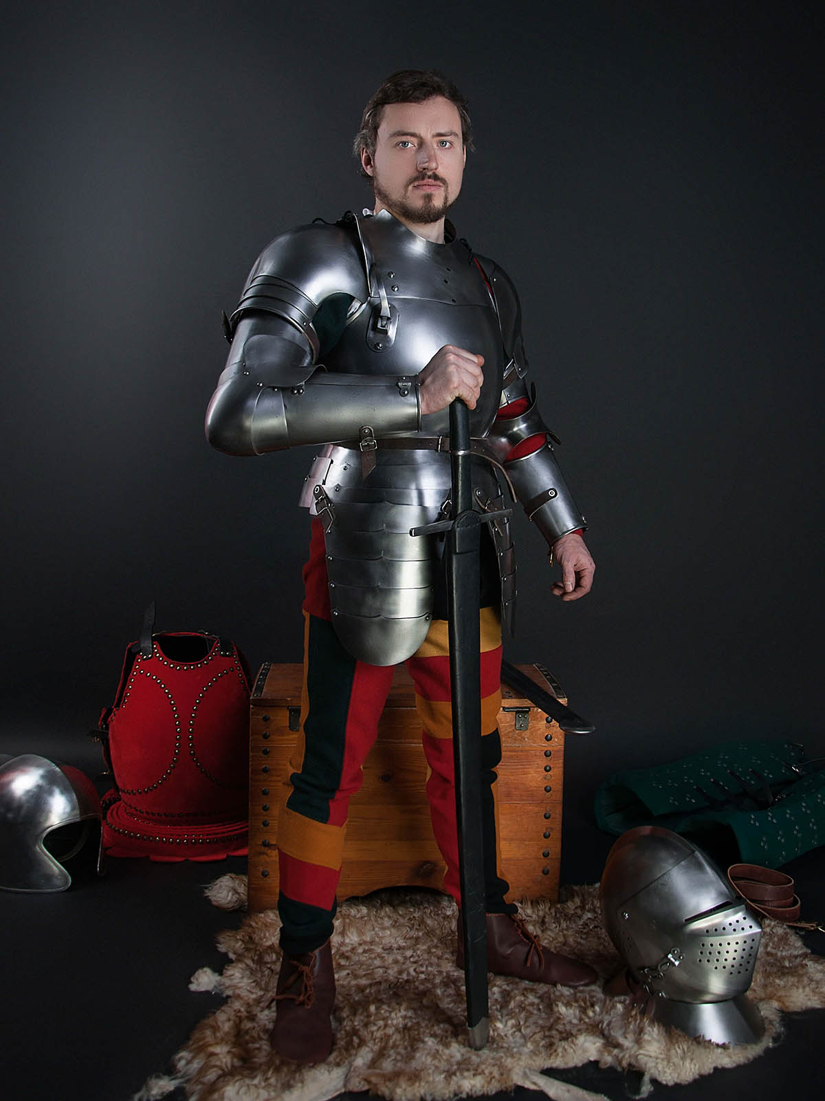 Knight Of Wands As Advice: Full Arm Protection With Pauldron, A Part Of The Jousting