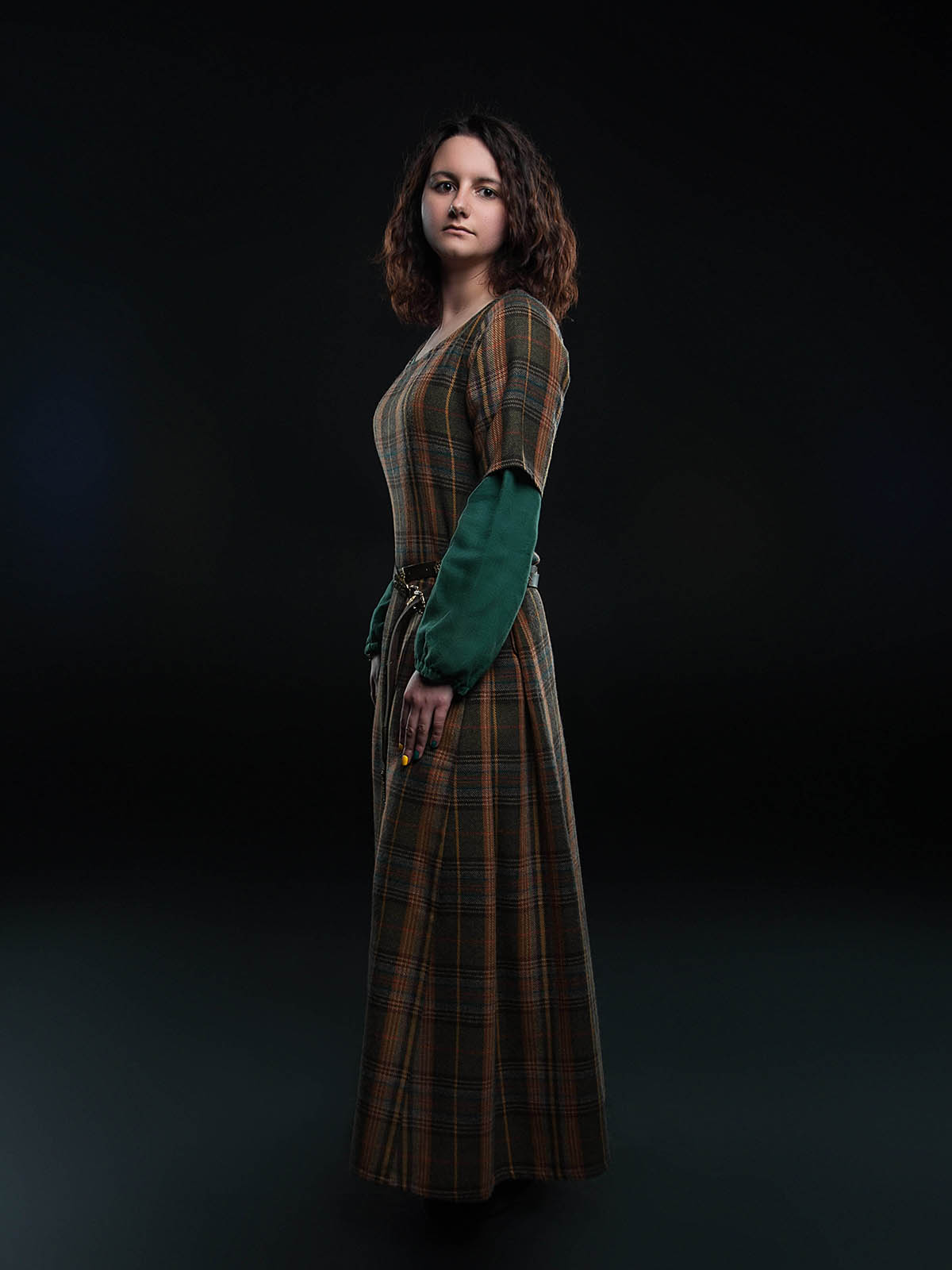 Middle ages women's clothing