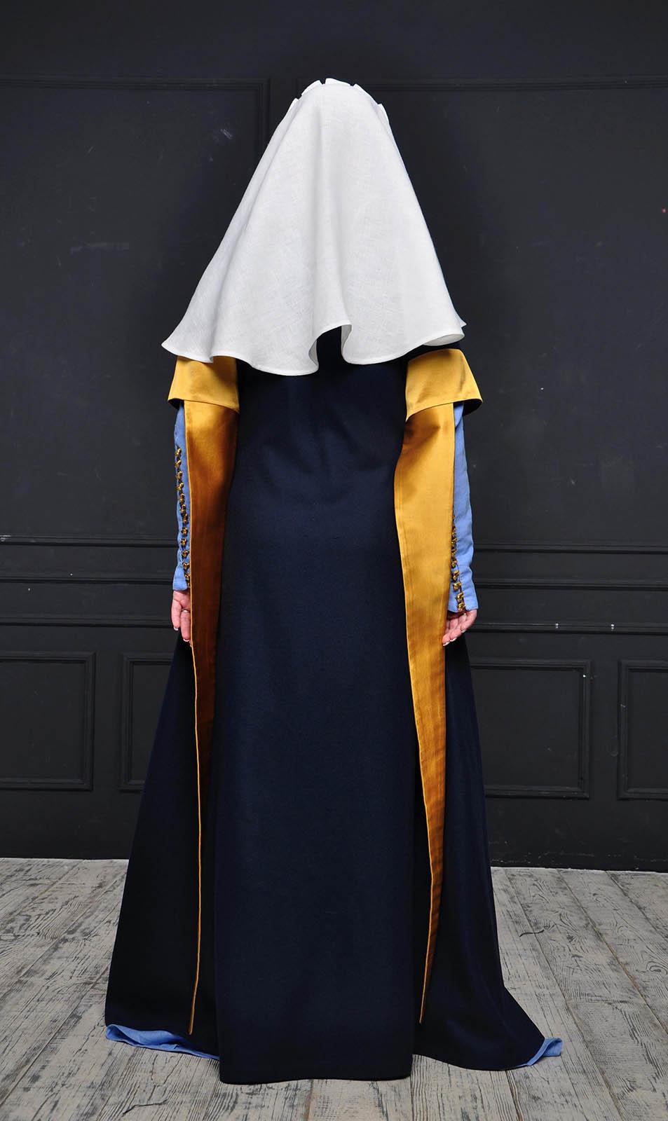 c74cccdbbf English dress of the XIV-XV century