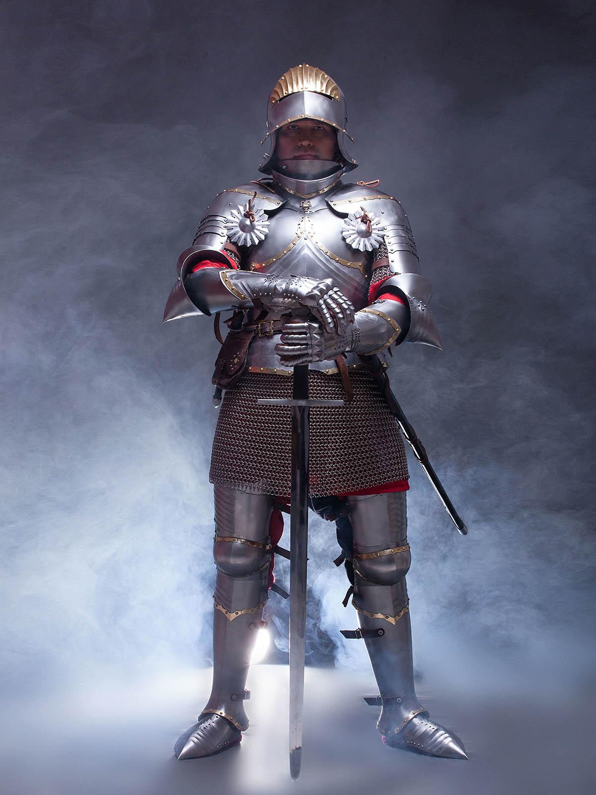 German gothic full plate armor