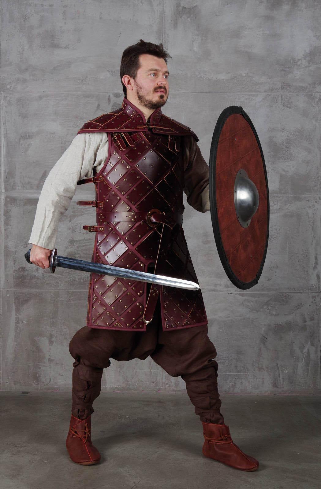Set Of Leather Armour In Style Of Jon Snow Jon snow x daenerys targaryen daenerys targaryen x jon snow jon x daenerys daenerys x jon jon stark x daenerys targaryen ice and fire the dragon and the wolf game of thrones. set of leather armour in style of jon snow
