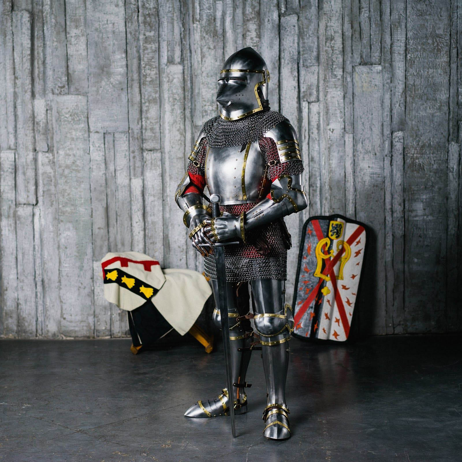 Churburg-style armour of the XIV century